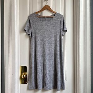 GAP Dresses - Gap Heather Grey Short Sleeve Shirt Dress